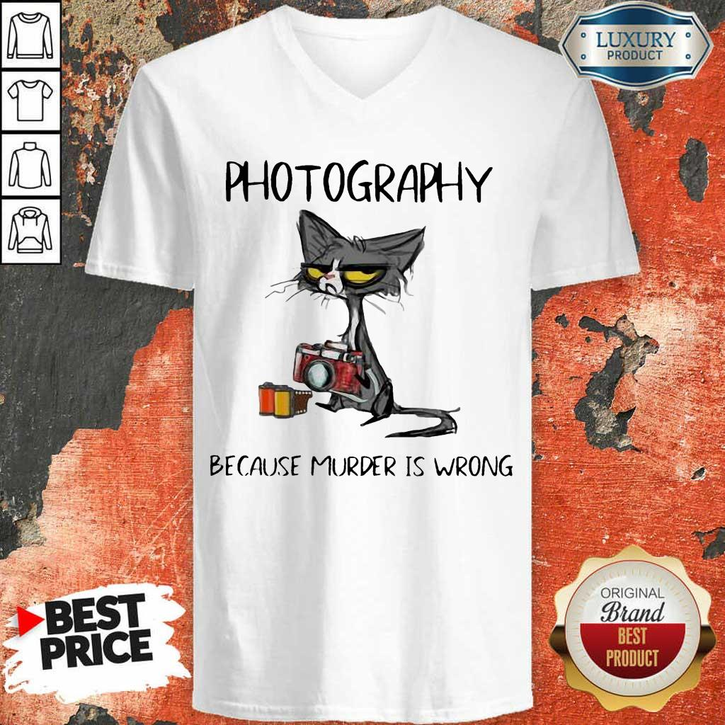 Official Photography Because Murder Is Wrong Black Cat V-Neck