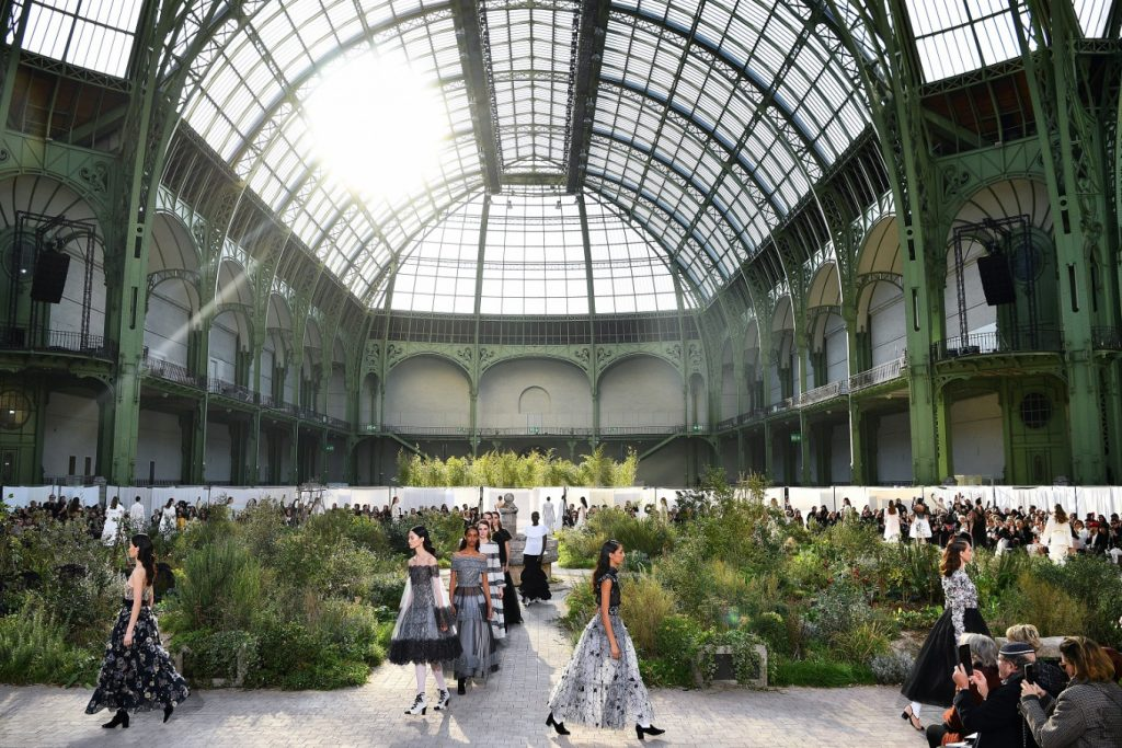 Things To Know About Paris Fashion Week